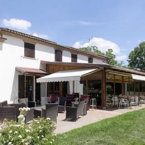 Farmhouse La Cantina di Bacco - Arcevia (AN)