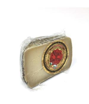 NERO di GROTTA Martarelli formaggio stagionato in grotta