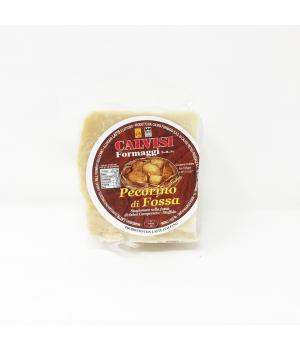 PECORINO in FOSSA Calvisi formaggio Italiano stagionato