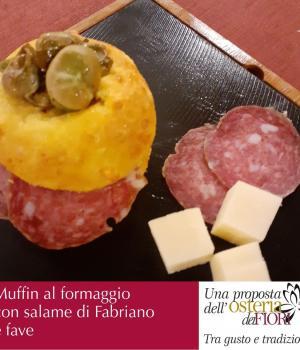 Muffin al formaggio con fave e salame di Fabriano