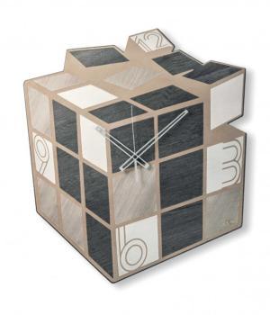 Kubik - VES Design - Moderne Holzwanduhr 100% made in Italy