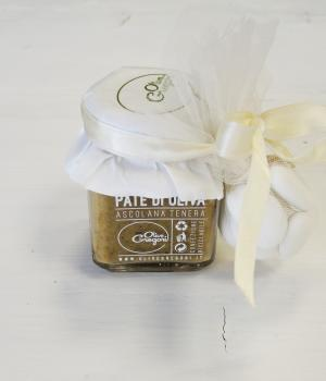 Communion Favor: patè of Ascolana Olive typical product from Marche region
