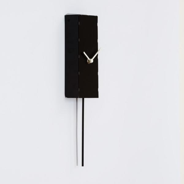 MINUTO nero Orologio da parete adatto a spazi minuti
